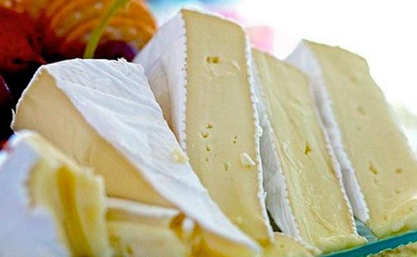 Adige peynirinin kalorili içeriği ve beslenme beslenmesindeki faydaları 86